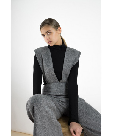 Phoebe Grey jumpsuit in a cashmere blend with oversize belt