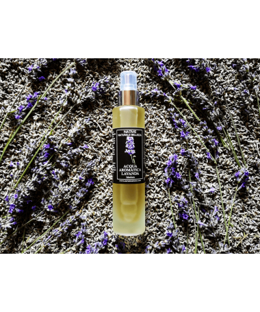 aromatic water of lavender
